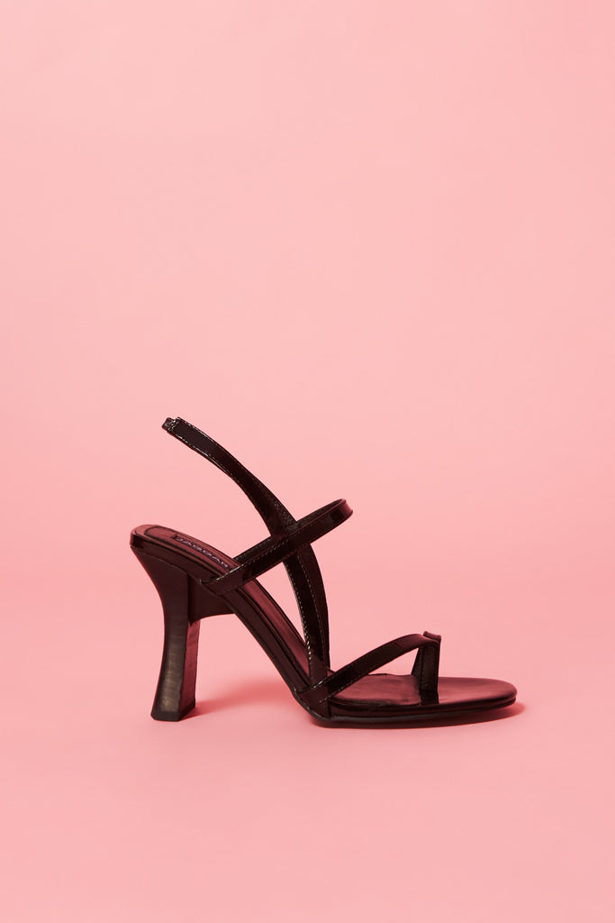 COVET SANDAL black
