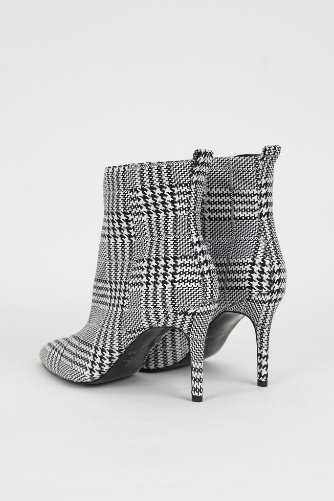 CHECK HOUNDSTOOTH black