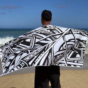 "Born Hawaii Accessories BORN HAWAII ""LARGE"" BLK WHT POLY TAT TOWEL"