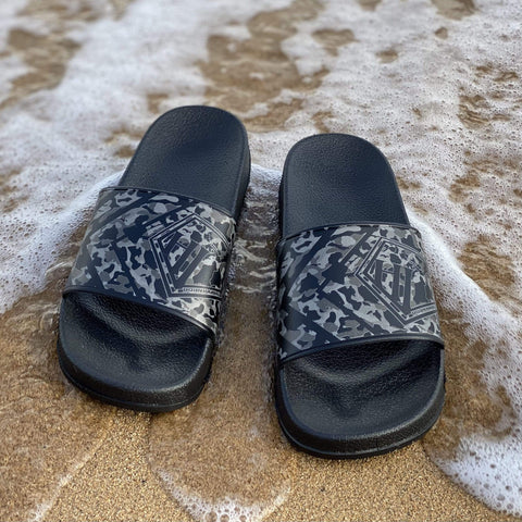 Born Hawaii Accessories KUOKOA GREY CAMO FOOTWEAR