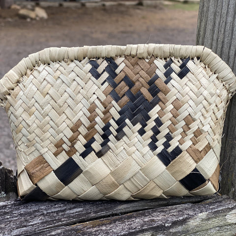 Born Hawaii Hat LAUHALA ZIPPER CLUTCH SMALL