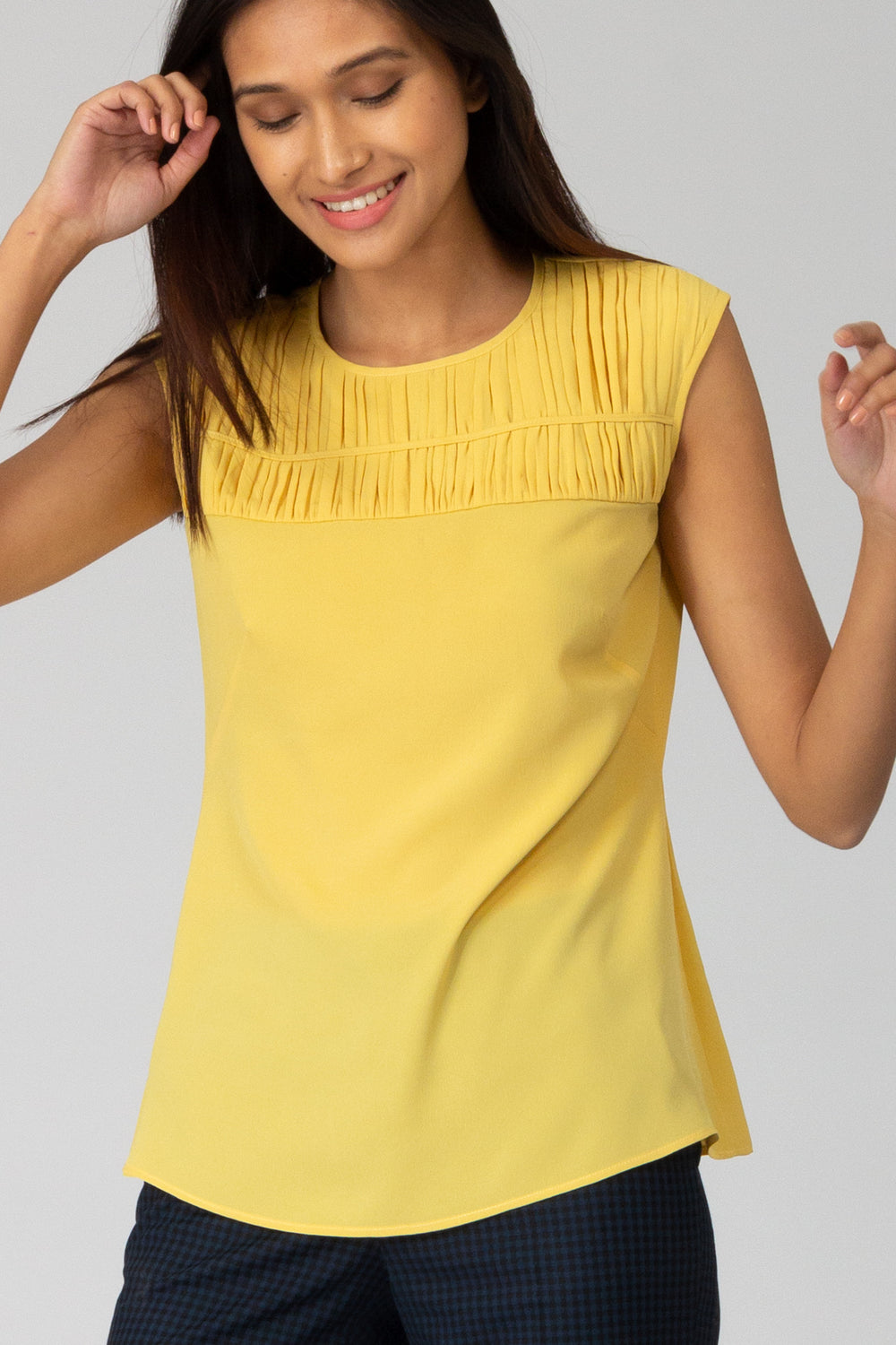 Limon Smocked Flowy top