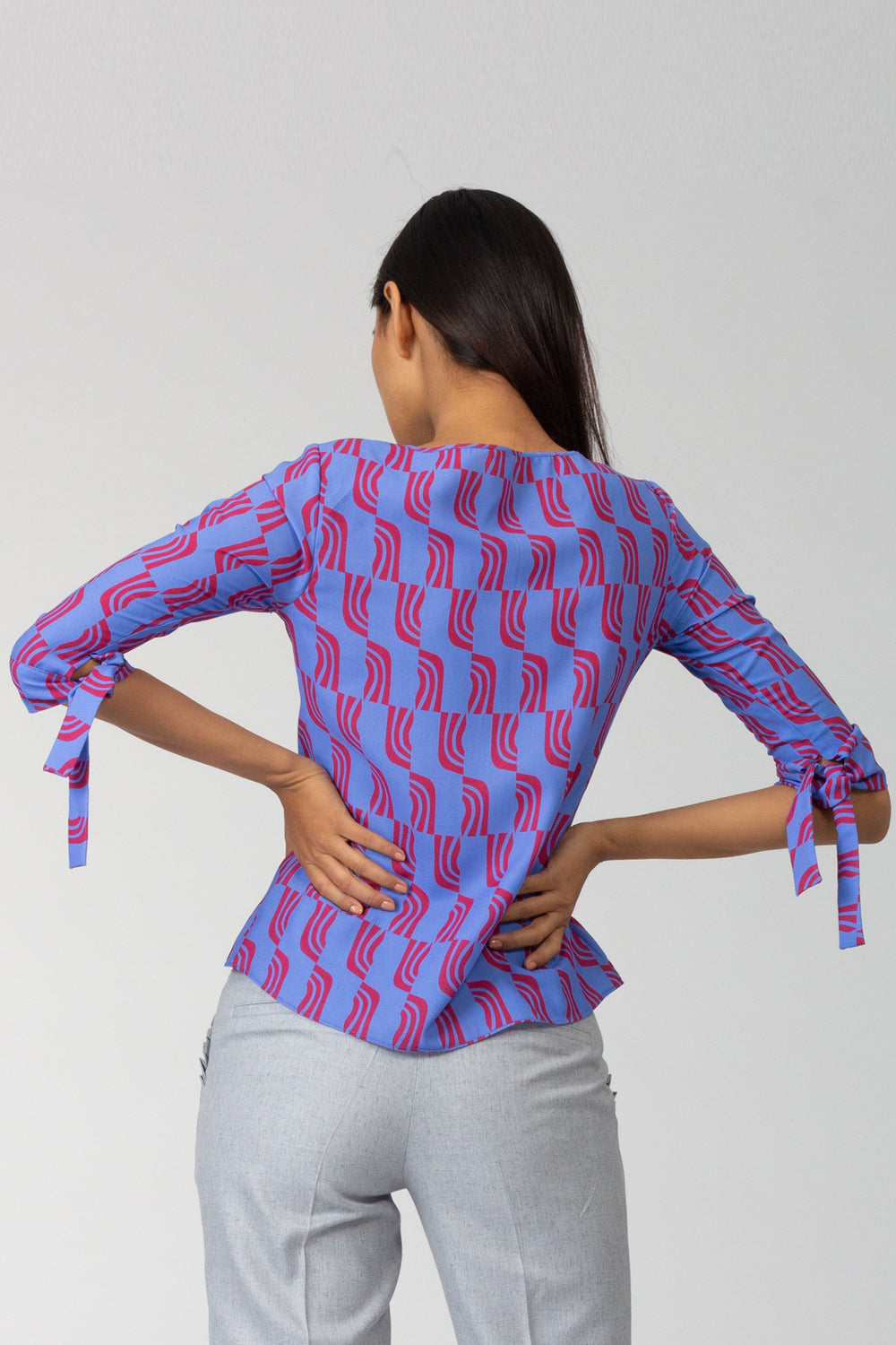 Accordion Tie Sleeve Printed Top