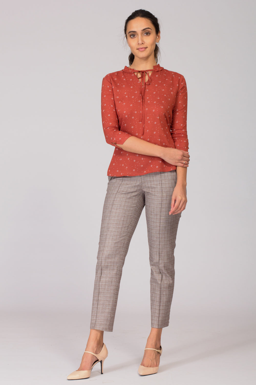 Smart Cotton women's formal pants and trousers for office. Shop online for culottes , trousers, and formal palazzo pants at www.intermod.in