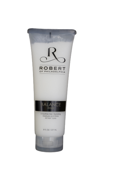 BALANCE RINSE  • Light daily conditioner restores moisture and shine
