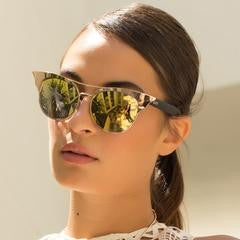 Zig Sunglasses Gold - Quay Australia Sunglasses