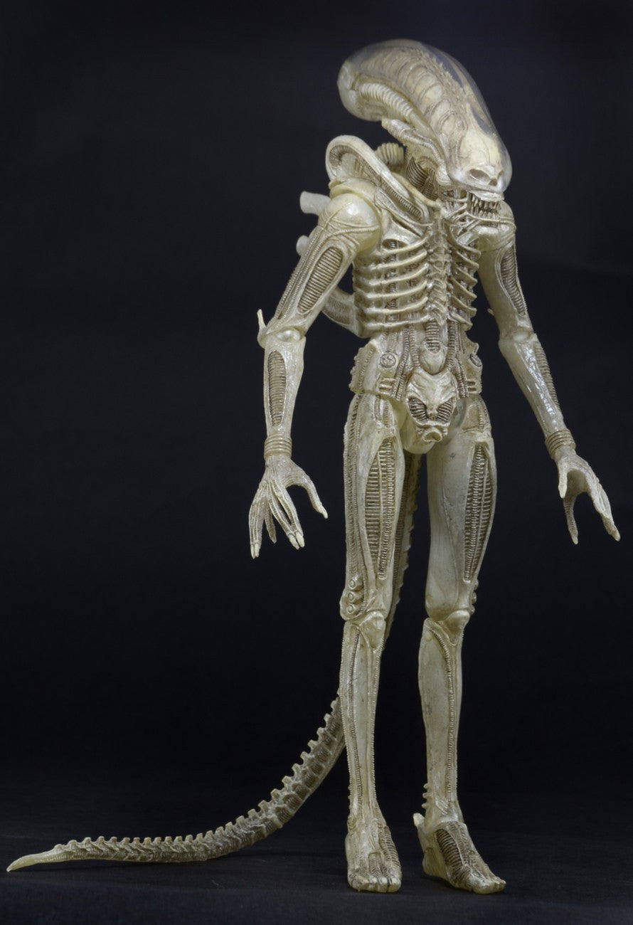 Neca - Alien - 1/4 Scale Translucent Prototype Suit Concept Figure - Marvelous Toys - 3