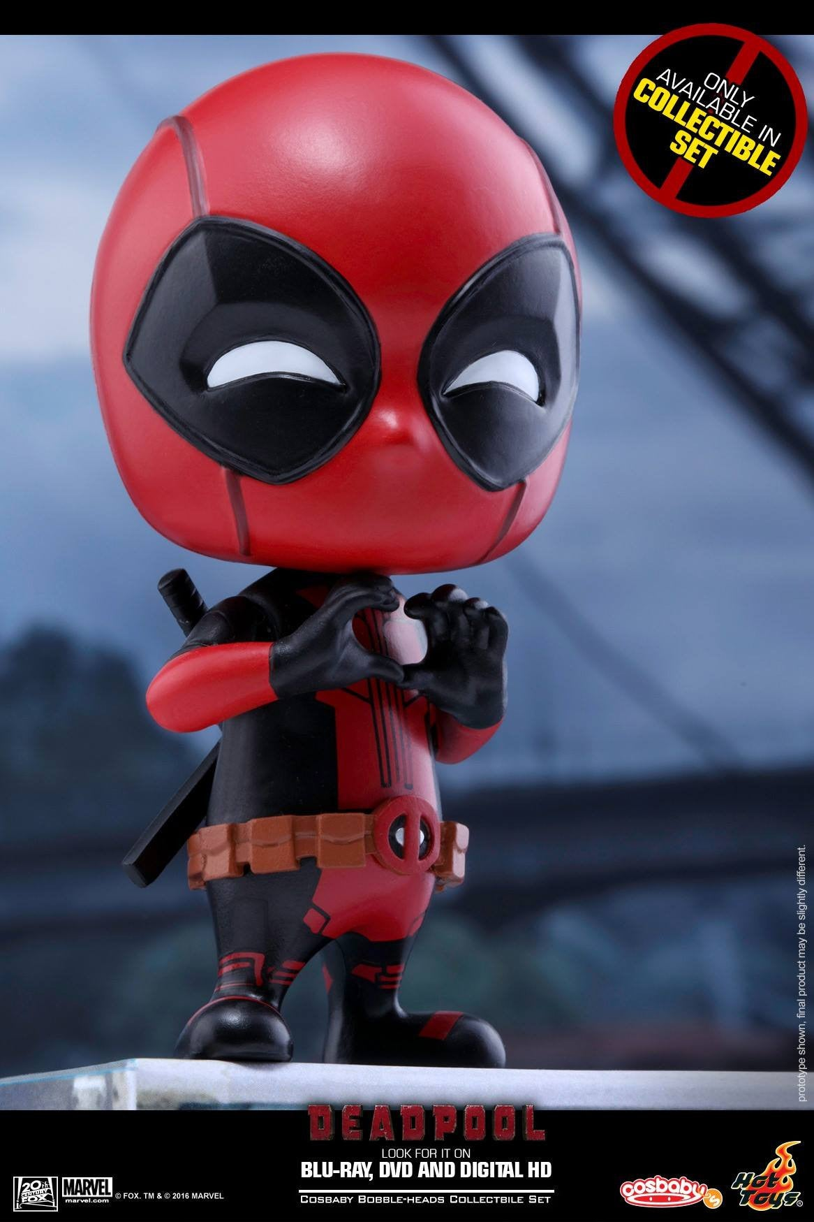 Hot Toys - COSB246 - Deadpool (Surprised, Fighting Pose, Heart Gesturing Versions) Cosbaby Bobble-Head Set - Marvelous Toys - 4