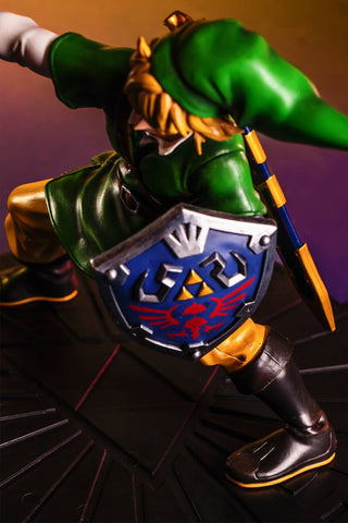 First 4 Figures – The Legend of Zelda: Skyward Sword - Skyward Sword Link Vinyl Statue - Marvelous Toys - 2