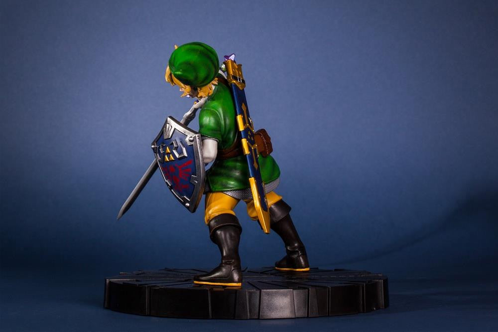 First 4 Figures – The Legend of Zelda: Skyward Sword - Skyward Sword Link Vinyl Statue - Marvelous Toys - 10