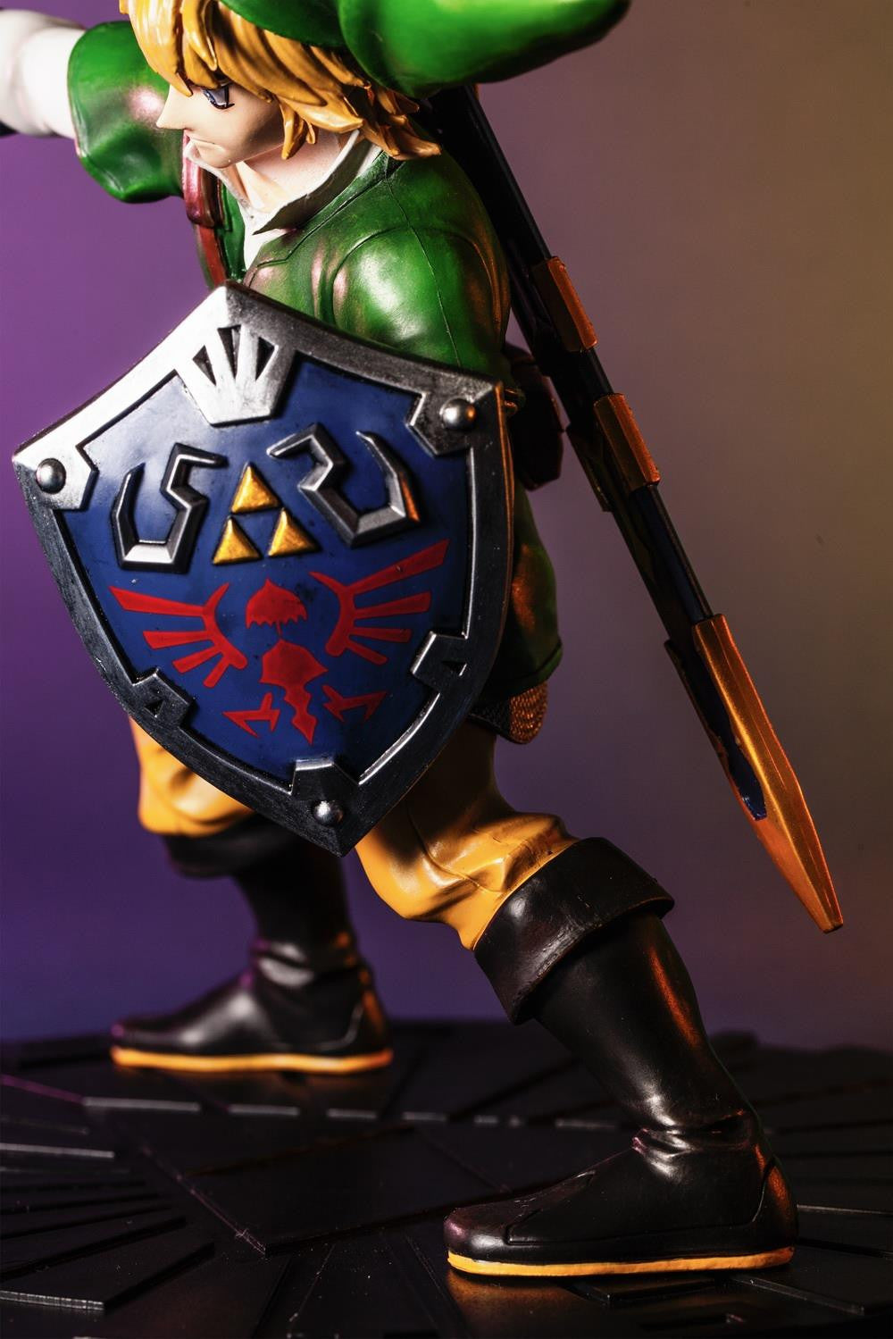 First 4 Figures – The Legend of Zelda: Skyward Sword - Skyward Sword Link Vinyl Statue - Marvelous Toys - 8