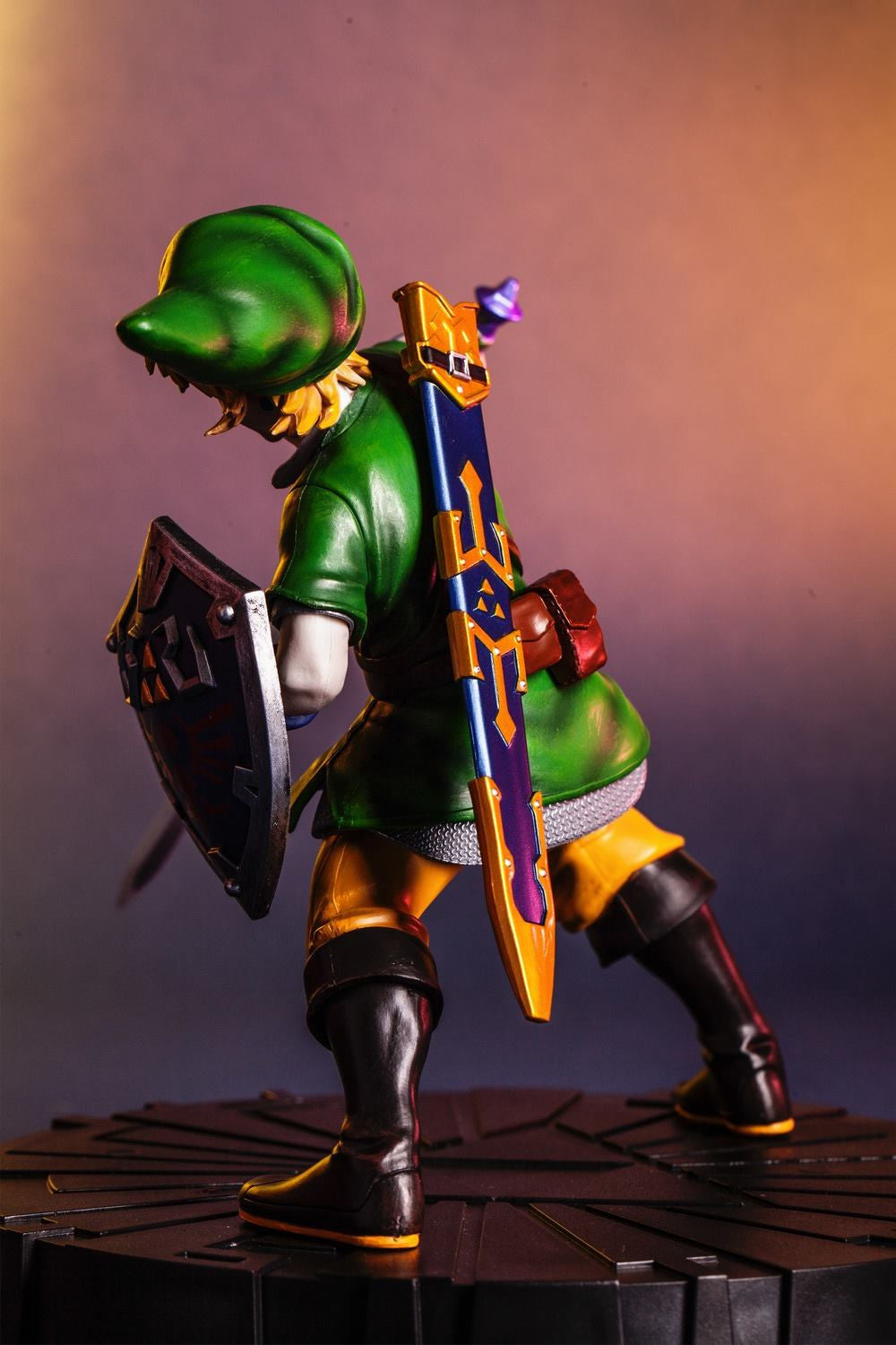 First 4 Figures – The Legend of Zelda: Skyward Sword - Skyward Sword Link Vinyl Statue - Marvelous Toys - 5
