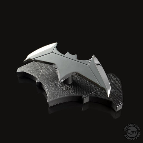 Quantum Mechanix - DCC-0215 - Batman Batarang 1/1 Scale Prop Replica - Marvelous Toys - 1