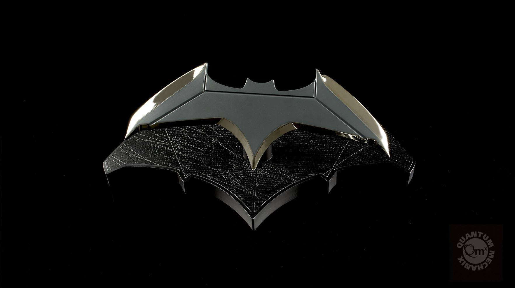 Quantum Mechanix - DCC-0215 - Batman Batarang 1/1 Scale Prop Replica - Marvelous Toys - 3
