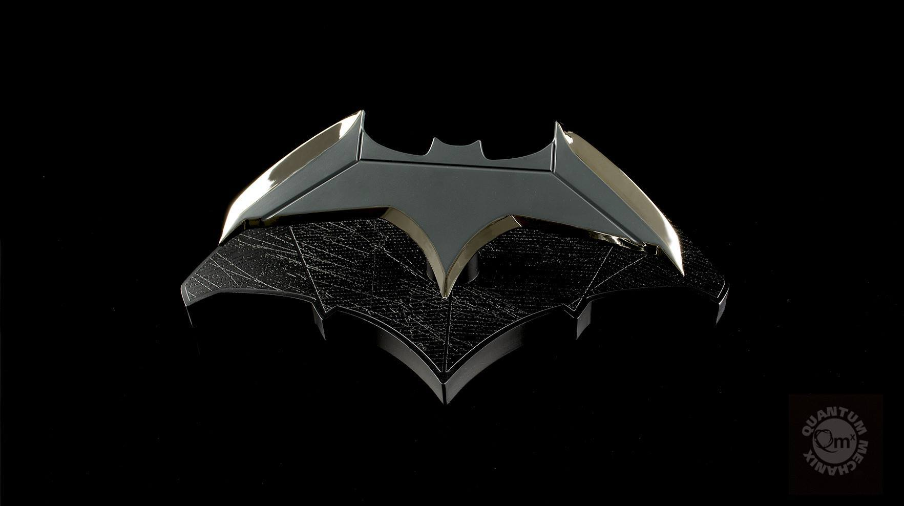 Quantum Mechanix - DCC-0215 - Batman Batarang 1:1 Scale Prop Replica (Reissue)
