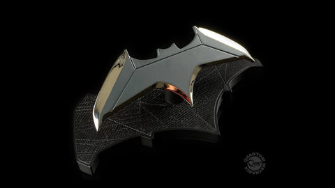 Quantum Mechanix - DCC-0215 - Batman Batarang 1/1 Scale Prop Replica - Marvelous Toys - 2