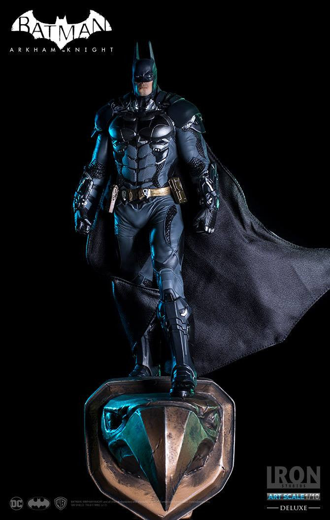 Iron Studios - Batman: Arkham Knight - 1:10 Scale Art Statue - Batman Deluxe Version