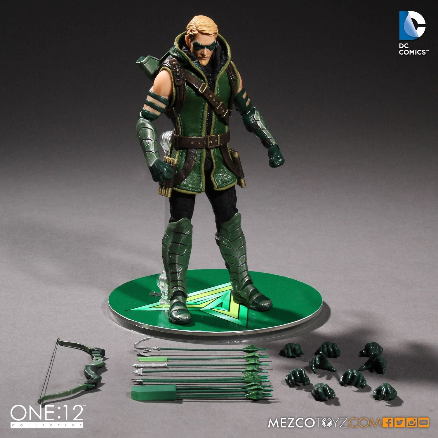 Mezco - One:12 Collective - Green Arrow - Marvelous Toys - 7