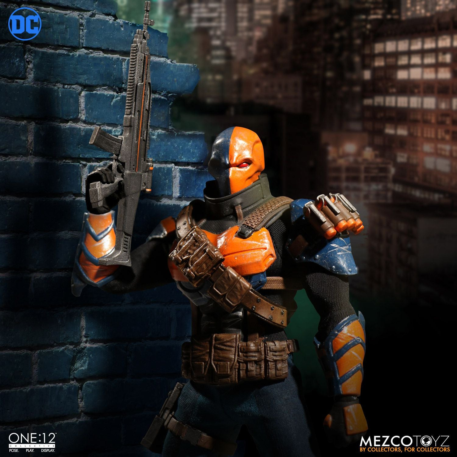 Mezco - One:12 Collective - Deathstroke - Marvelous Toys - 7