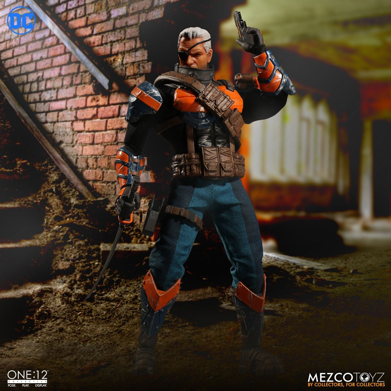 Mezco - One:12 Collective - Deathstroke - Marvelous Toys - 8