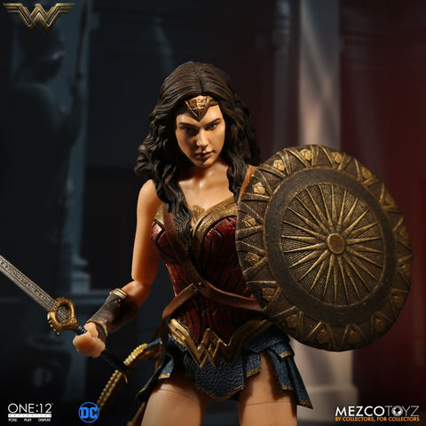 (IN STOCK) Mezco - One:12 Collective - Wonder Woman