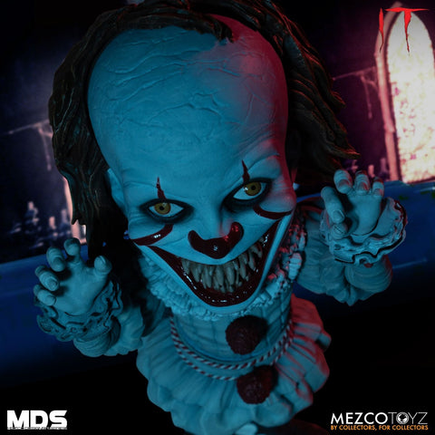 Mezco - Designer Series - IT (2017) - Deluxe Pennywise