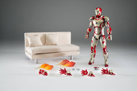 Comicave Studios - Omni Class: 1/12 Scale Iron Man Mark XLII with Sofa (SDCC 2016 EXCLUSIVE) - Marvelous Toys - 2