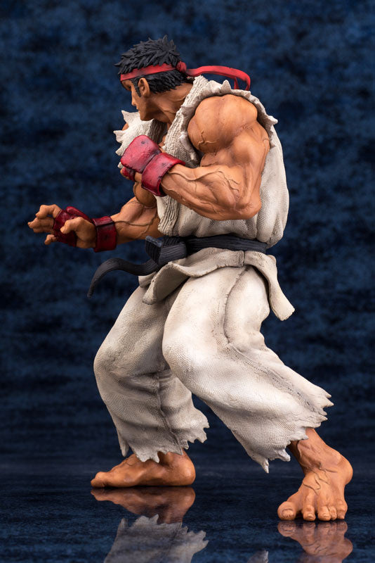 Embrace Japan - Street Fighters III 3rd Strike - Fighters Legendary Ryu (Milestone Limited Distribution) (1/8 Scale) - Marvelous Toys - 2