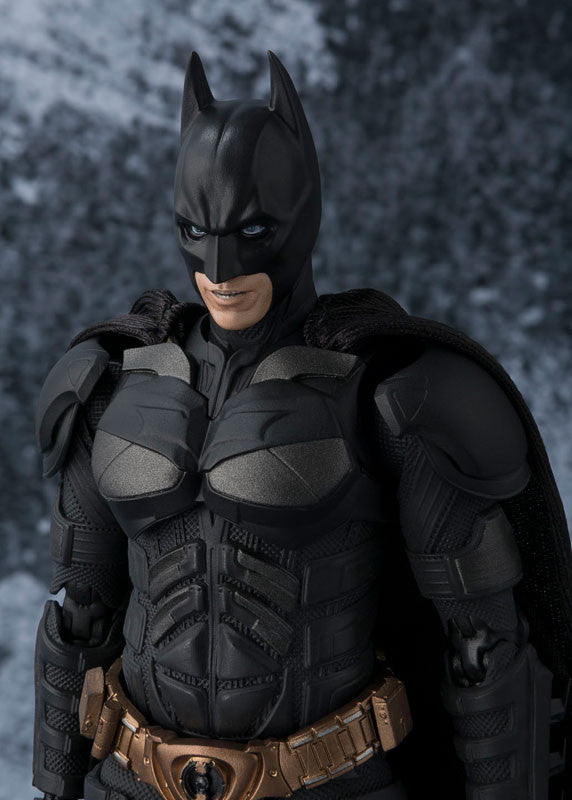 S.H.Figuarts - The Dark Knight - Batman - Marvelous Toys - 3