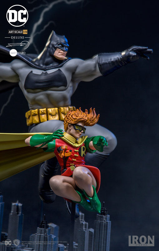 Iron Studios - 1:10 Art Scale Statue - Frank Miller's The Dark Knight Returns - Batman & Robin