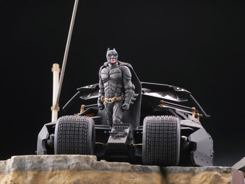 Kaiyodo - Legacy of Revoltech - LR-054 - The Dark Knight Trilogy - Batmobile Tumbler in Gotham
