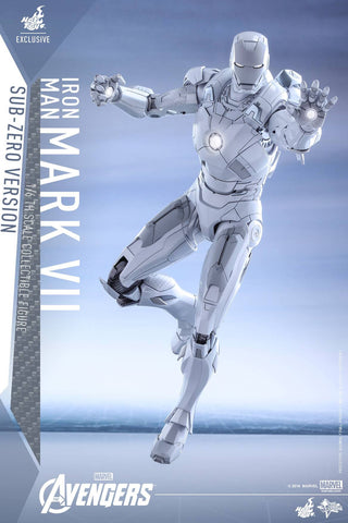 Hot Toys - COSB260 - Captain America: Civil War - Captain America & Mark XLVI (Metallic Color Version) Cosbaby Set