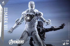 (IN STOCK) Hot Toys - MMS329 - The Avengers - Iron Man Mark VII (Sub-Zero Version) - Marvelous Toys - 8