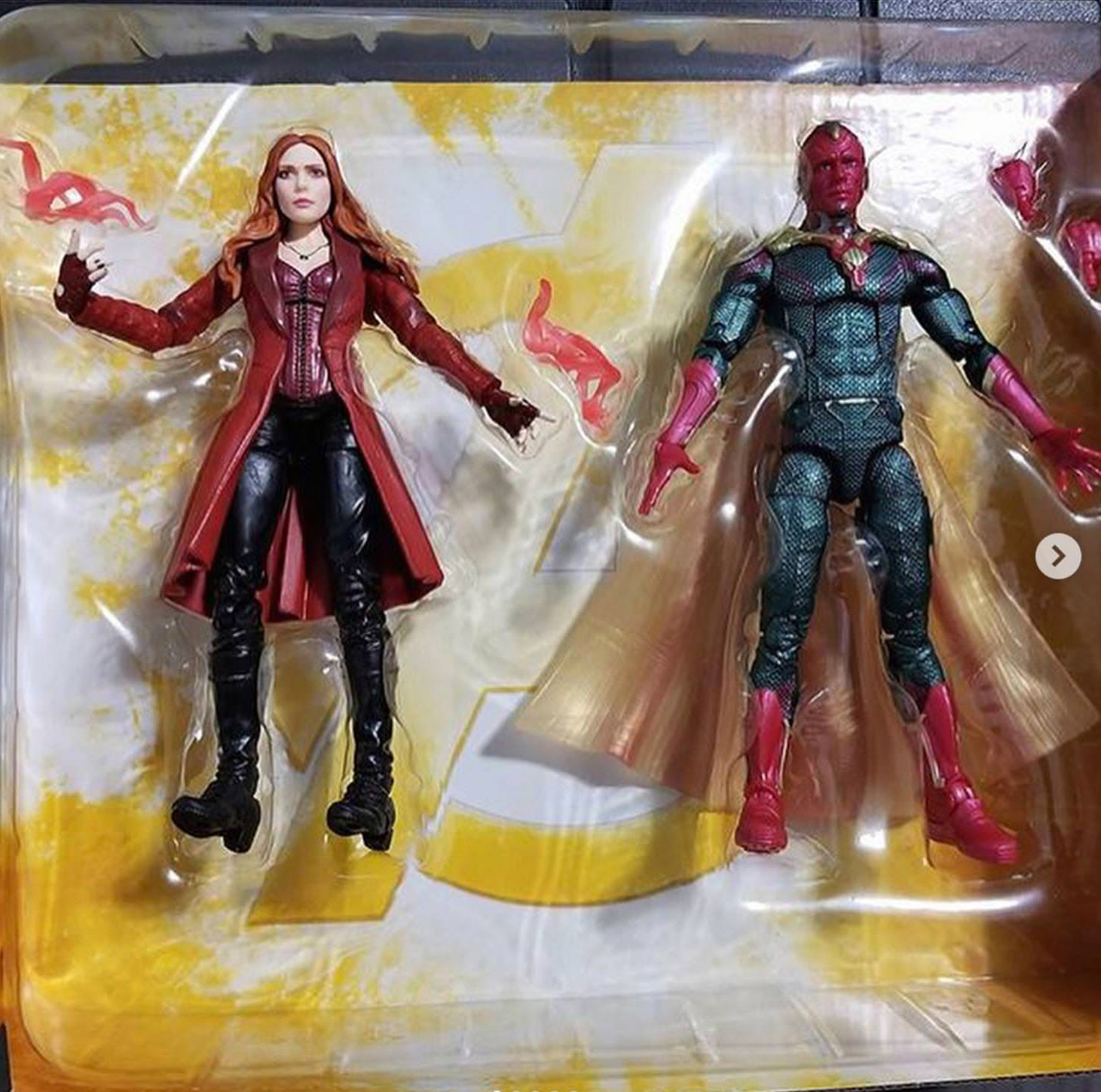 "Avengers Infinity War Scarlet Witch 6/"" Action Figure"