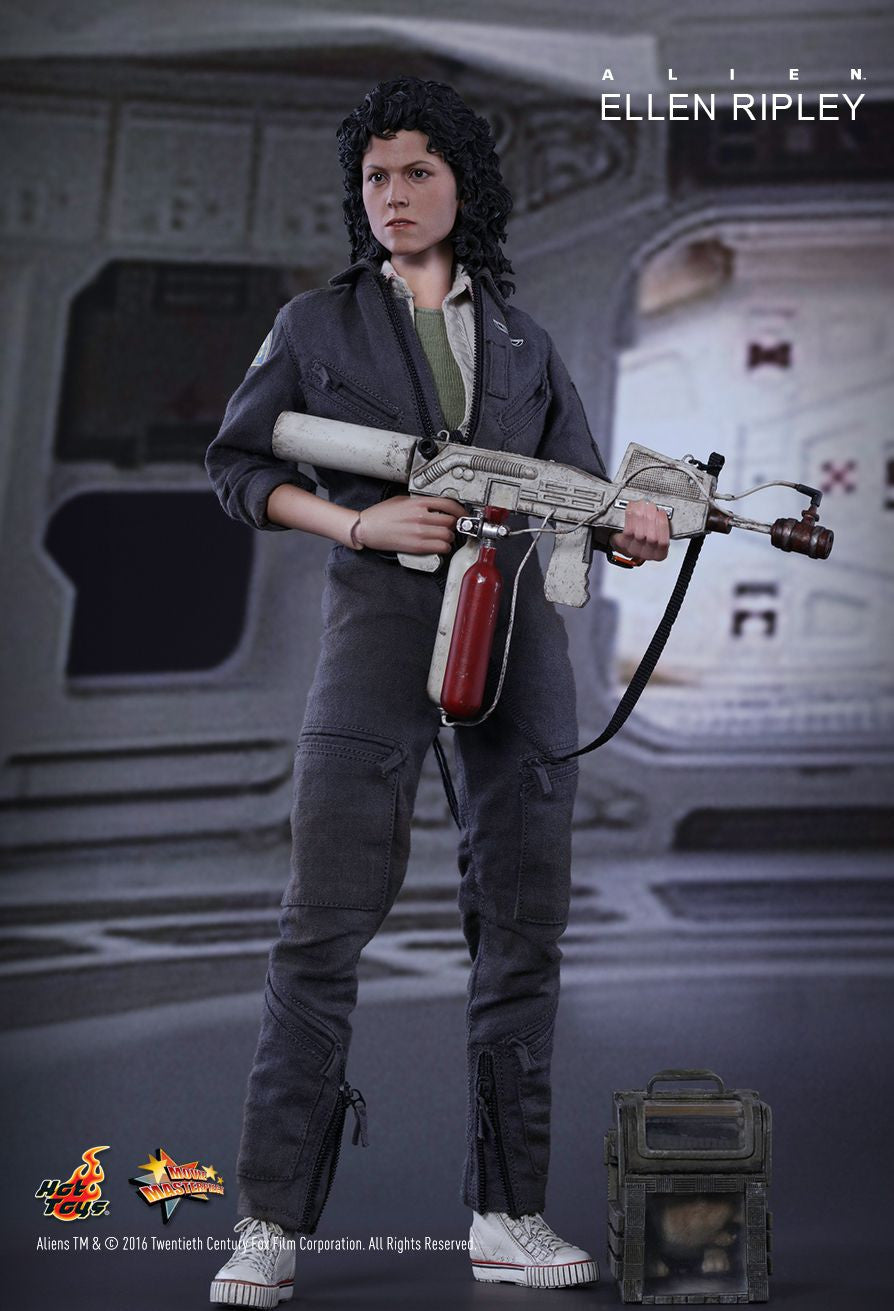 Hot Toys - MMS366 - Alien - Ellen Ripley - Marvelous Toys - 11