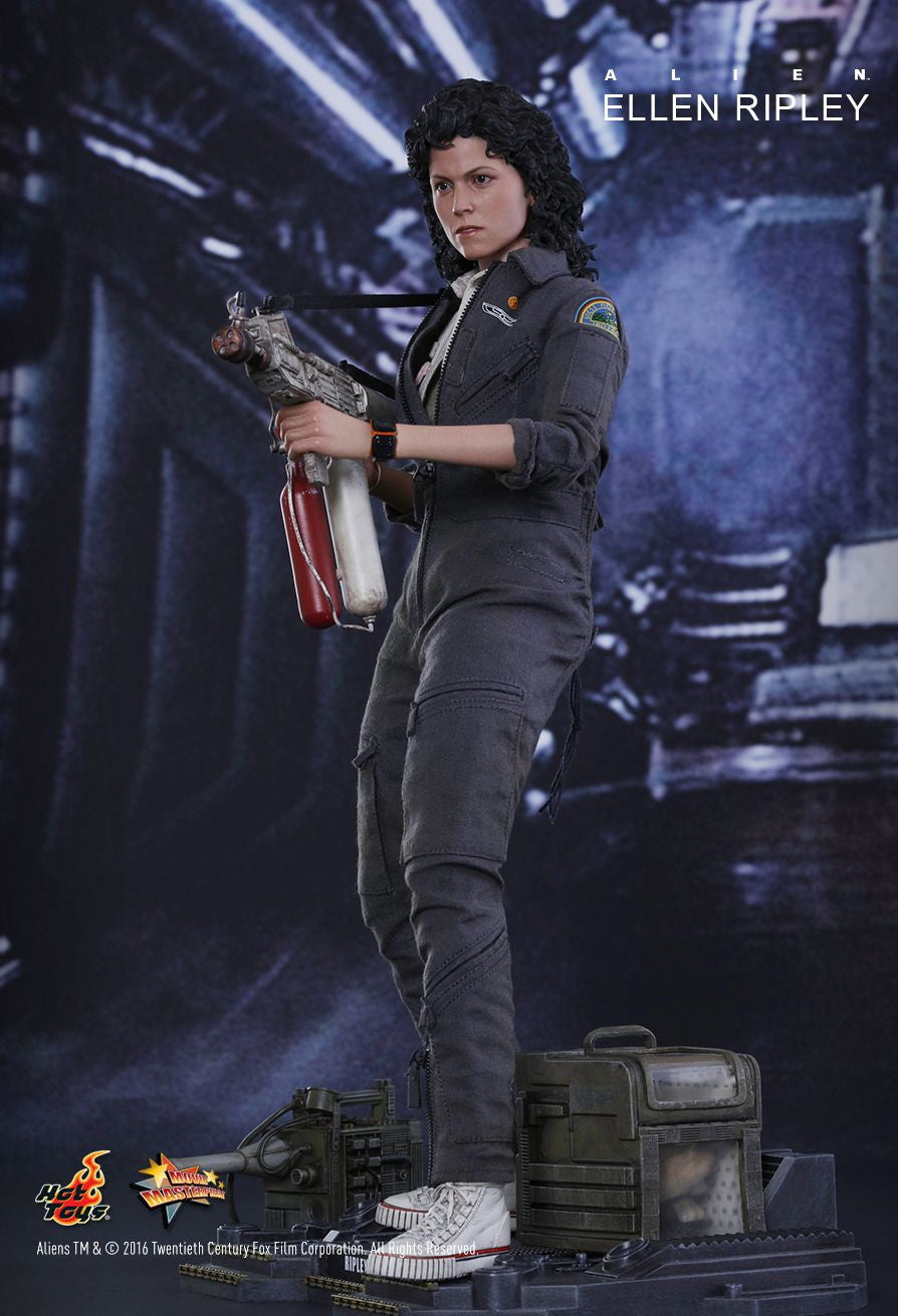 Hot Toys - MMS366 - Alien - Ellen Ripley - Marvelous Toys - 14