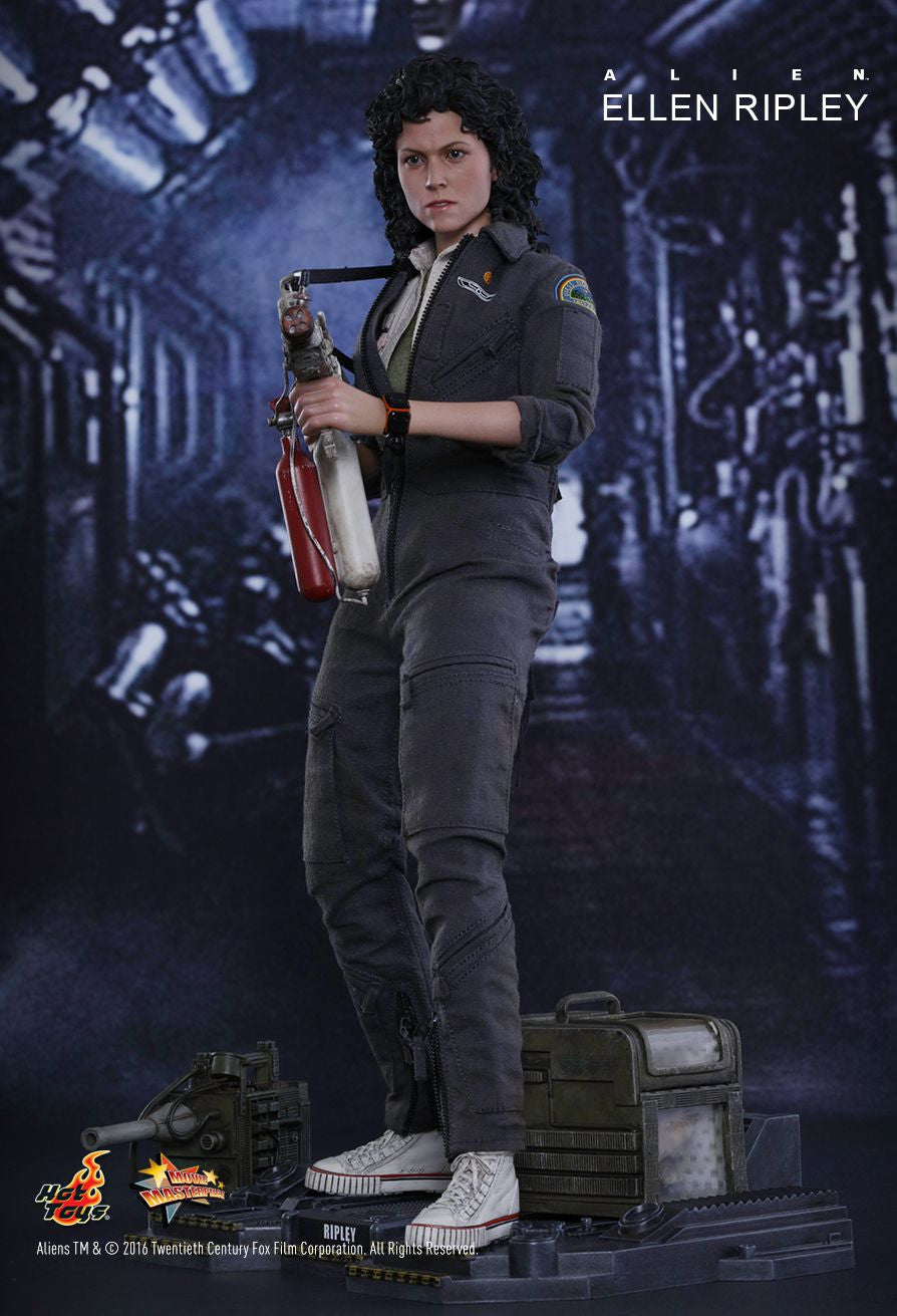 Hot Toys - MMS366 - Alien - Ellen Ripley - Marvelous Toys - 13