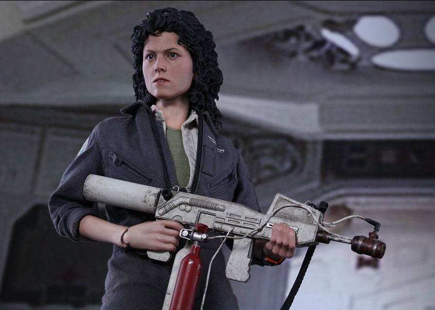 Hot Toys - MMS366 - Alien - Ellen Ripley - Marvelous Toys - 9