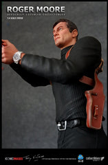 Silver Fox Collectibles - Roger Moore Statue (1/4 Scale)