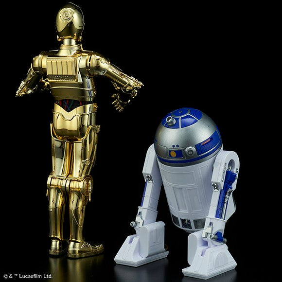 Bandai - Star Wars: The Last Jedi - C-3PO and R2-D2 (1/12 Scale Model Kit)