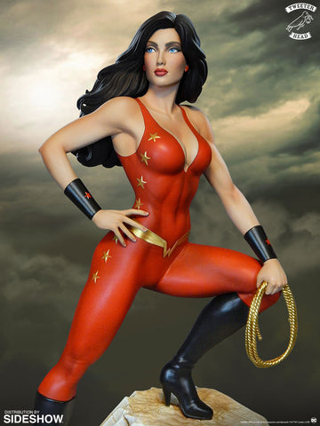 Sideshow Collectibles - Super Powers Collection - Donna Troy Maquette by Tweeterhead