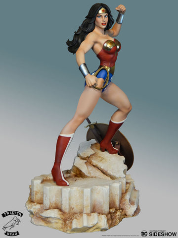 Sideshow Collectibles - DC Comics - Super Powers Wonder Woman Maquette by Tweeterhead