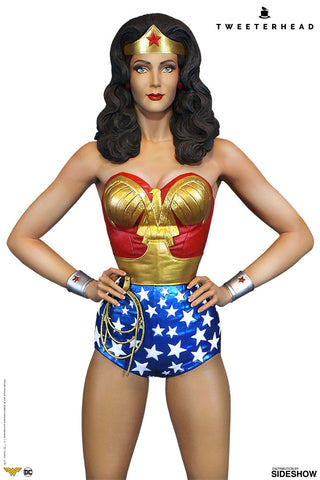 Sideshow Collectibles - Super Powers Collection - DC Comics - Wonder Woman Maquette by Tweeterhead