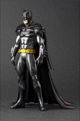 Kotobukiya - ARTFX+ - DC New 52 Batman Statue (1/10 Scale) - Marvelous Toys - 3