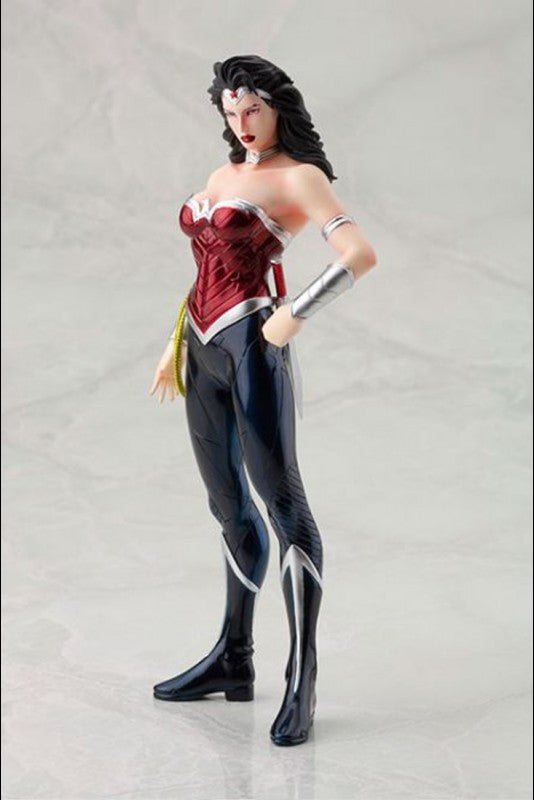 Kotobukiya - ARTFX+ - DC New 52 Wonder Woman Statue (1/10 Scale) - Marvelous Toys - 3