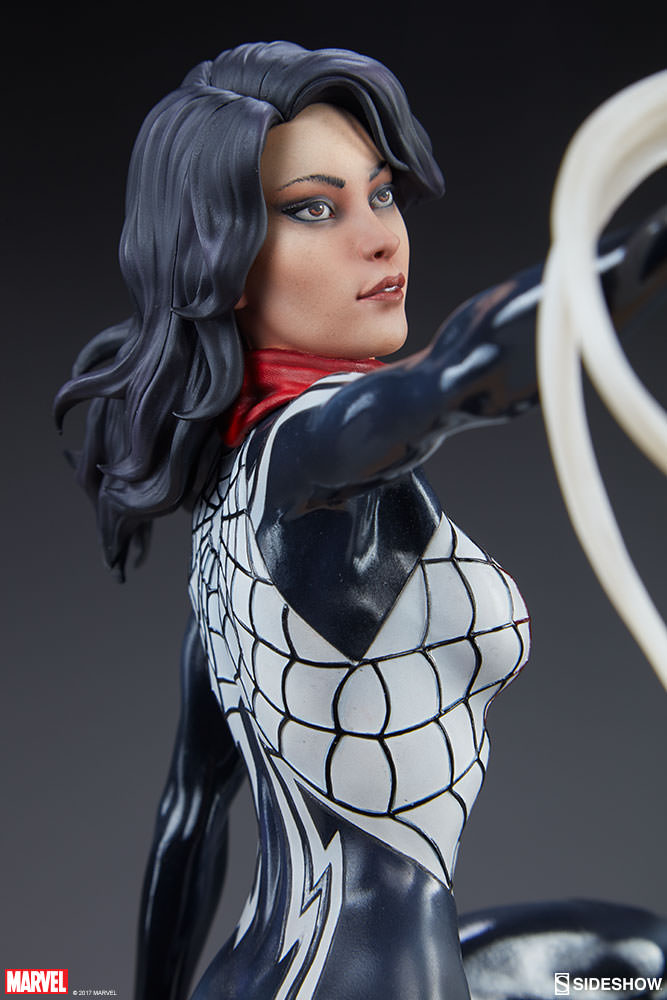 Sideshow Collectibles - Mark Brooks Artist Series - Silk