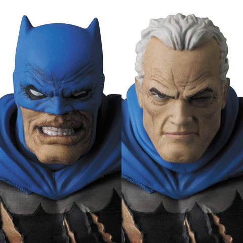 Medicom - MAFEX No. 119 - DC Comics - Batman: TDKR (The Dark Knight Triumphant) - Batman