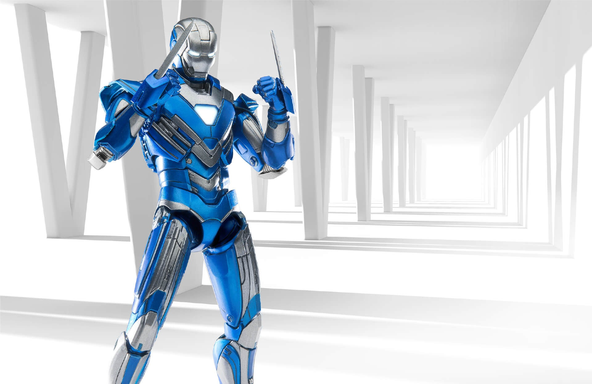 Comicave Studios - Omni Class: 1/12 Scale Iron Man Mark XXX Blue Steel - Marvelous Toys - 3