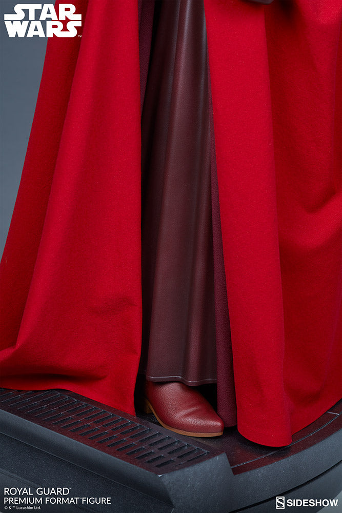 Sideshow Collectibles - Premium Format Figure - Star Wars - Royal Guard