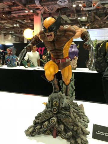 XM Studios - Marvel Premium Collectibles - Wolverine (Brown Costume) (1/4 Scale)